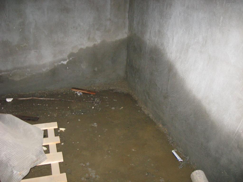 если в подвале стоит вода что делать